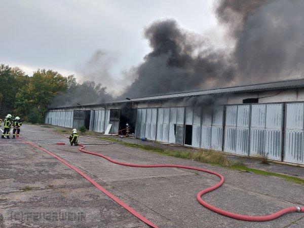 Brandeinsatz B:Gebäude-Groß vom 20.10.2020  |  (C) Feuerwehr Halbe (2020)